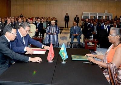 جلالة الملك والرئيس الرواندي يترأسان بكيغالي حفل إطلاق برنامج للشراكة الفلاحية