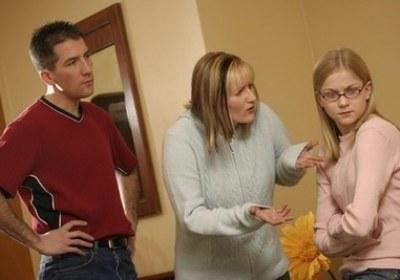 من خلال الدعم النفسي للآباء الخوف.. في مصيدة البنات